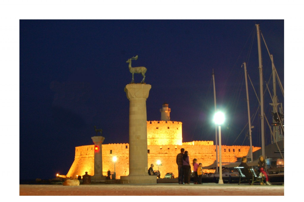 Rhodes entrée du port